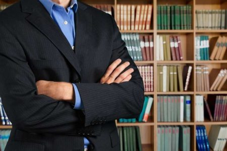 Work With an Attorney When Divorcing a Narcissist | Hildebrand Law