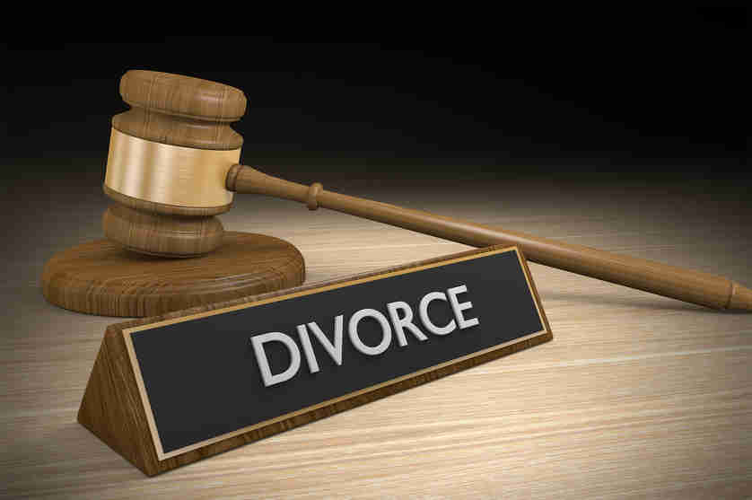 Contesting Paternity After Divorce in Arizona
