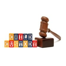 Who Has Custody of Children When a Divorce is Filed in Arizona?