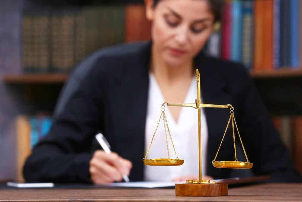 Difference Between a Divorce and Legal Separation In Arizona